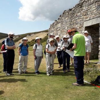 Doug Mitcham talking to group about Surrender Mine [Margaret Atherden]